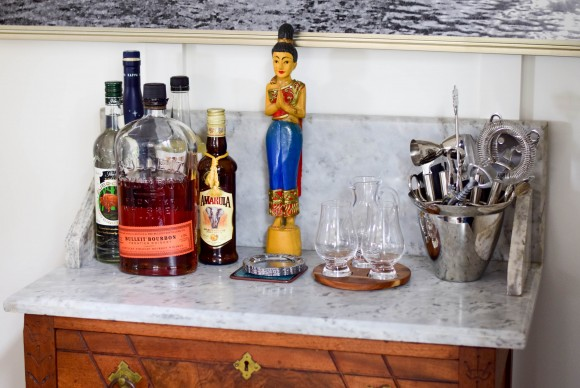 How to create the perfect at home mini bar
