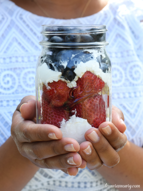 4th of July Berries | Tamera Mowry