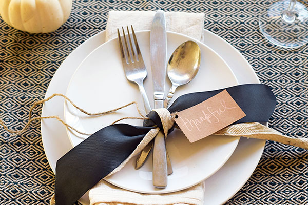 DIY Thanksgiving Place Setting from Tamera Mowry