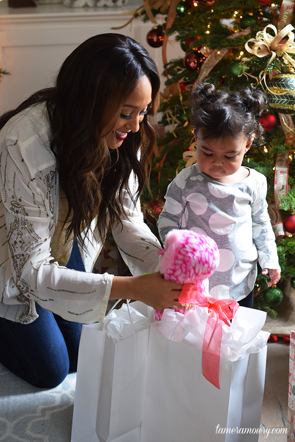 Mommy Hacks: Surviving Christmas with Toddlers - Ariah and Tamera Mowry