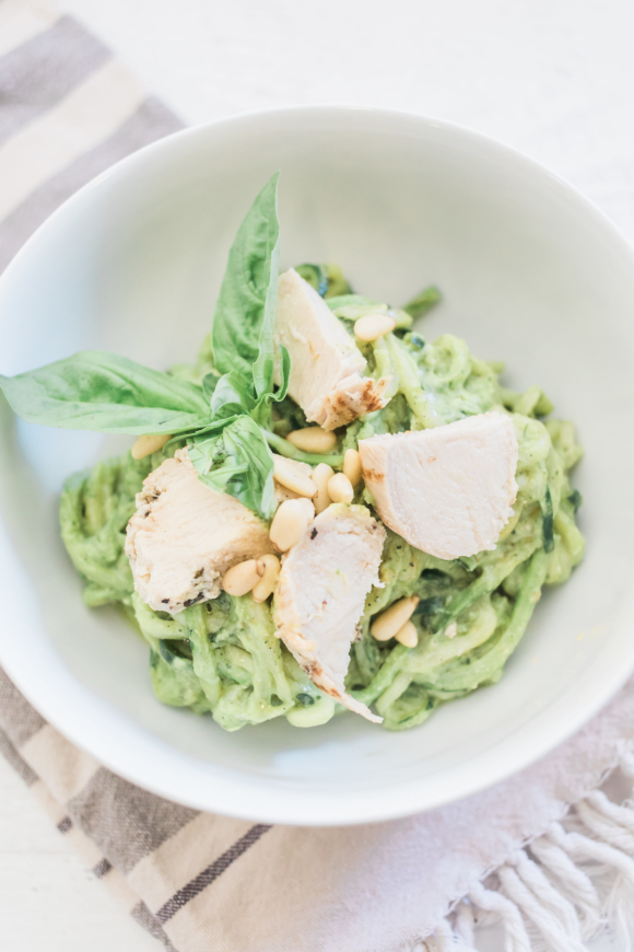 zucchini noodle pasta with creamy avocado sauce tamera mowry. Black Bedroom Furniture Sets. Home Design Ideas