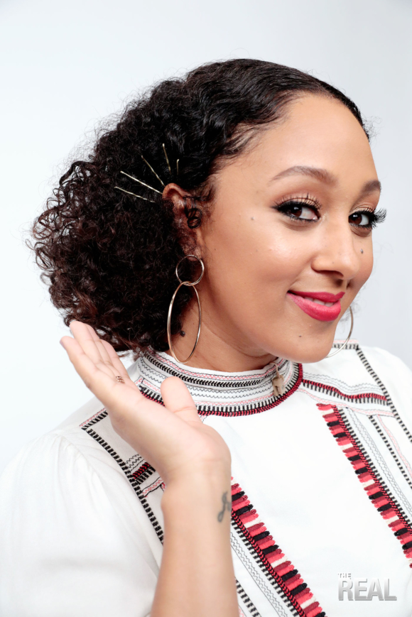 05 TAMERA MOWRY THE REAL